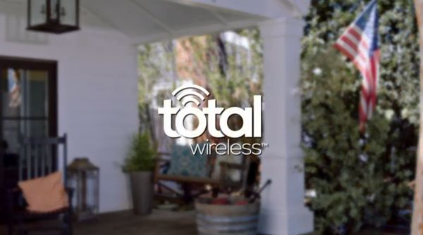 Total Wireless internet and MMS services